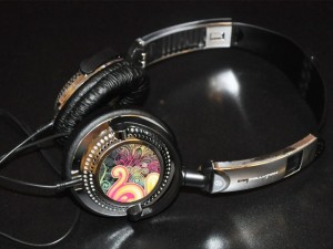 bervepipes 300x225 iFrogz Custom Headphones Review