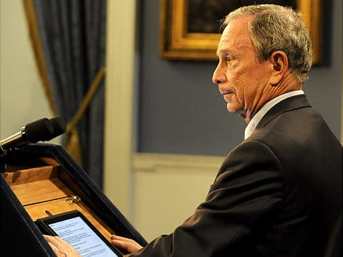 alg bloomberg ipad Mayor Bloomberg Replaces Index Cards with an iPad for Speech