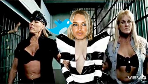 lindsaytwitter Lindsay Lohan Can Still Tweet and Text in Prison   Heres How