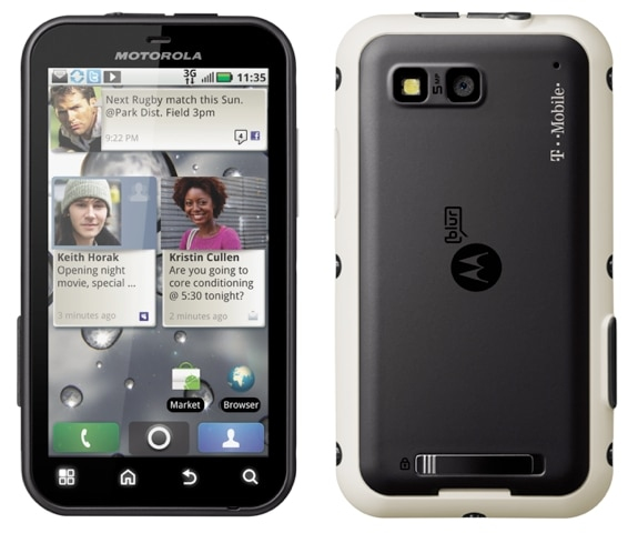 Motorola DEFY Holiday Gifts for Sporty Girls