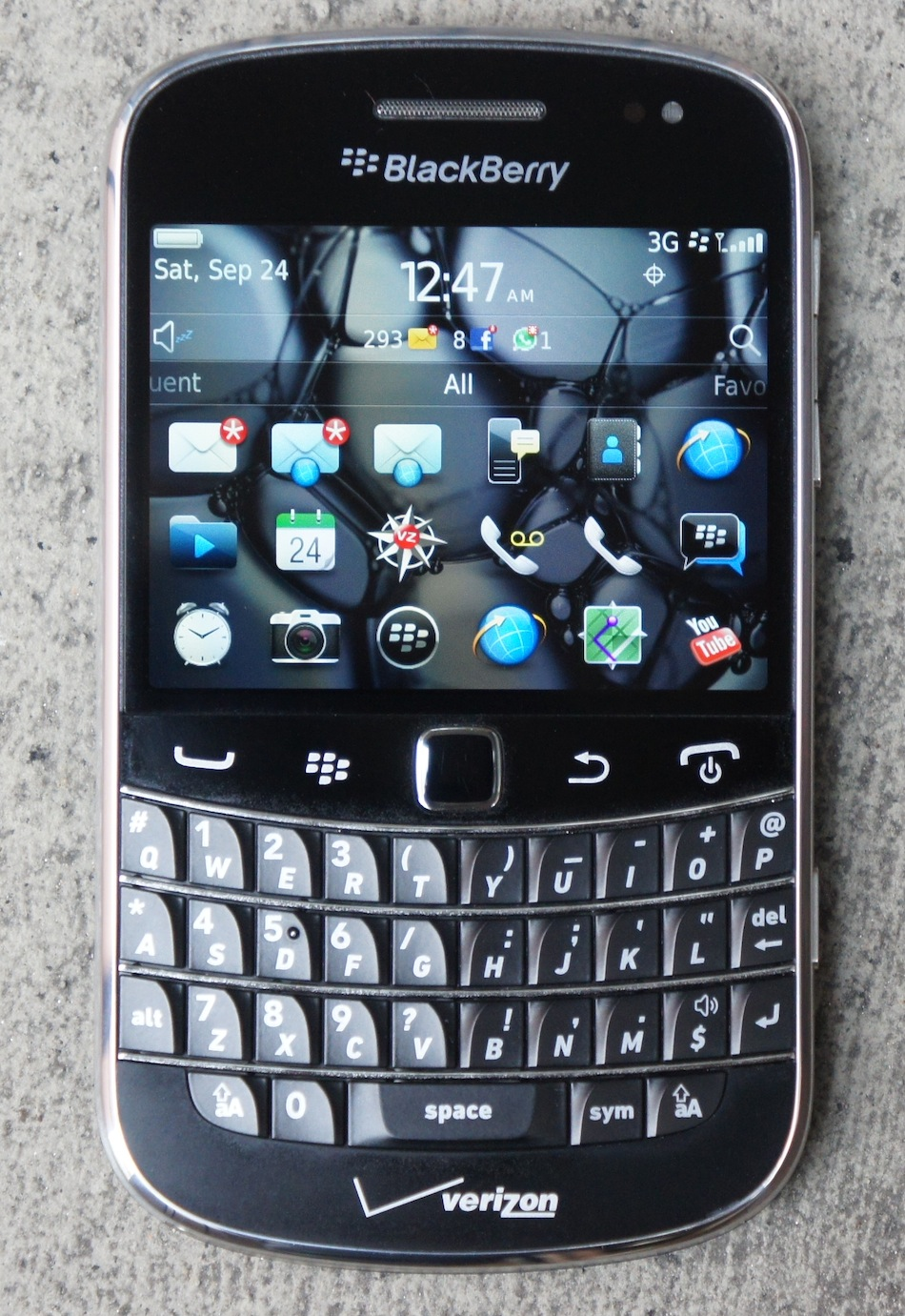 dsc05374 BlackBerry Bold 9930 Review   Verizon Wireless