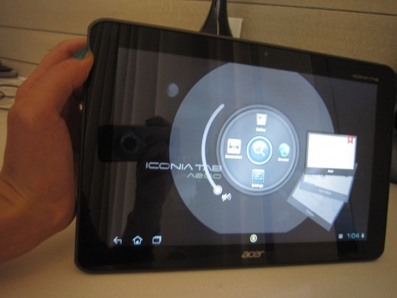IMG 1345 572x429 Acer Iconia Tab A200: Hands On and Full Specs of This $329.99 Tablet