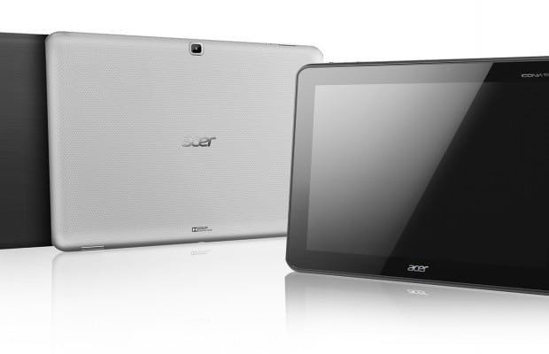 Acer Iconia Tab A700 front and back