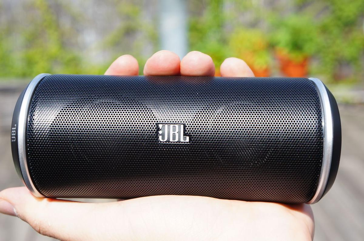 DSC007571 JBL Flip Portable Bluetooth Speaker Review