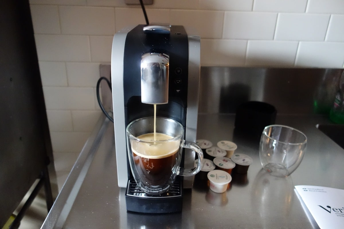 DSC01419 Starbucks Verismo System 580 Review   Make the Perfect Grande Caffè Latte at Home