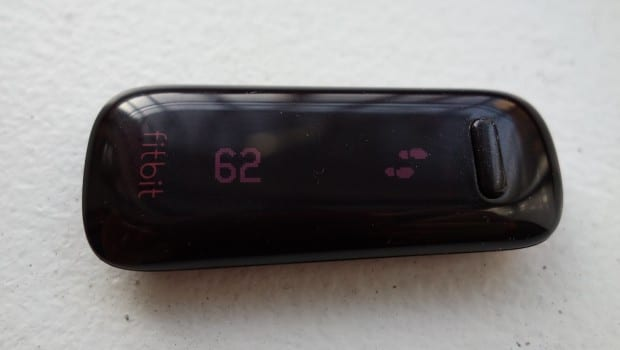 DSC02400 620x350 Fitbit One is Your Life Coach in the Palm of Your Hand: Review
