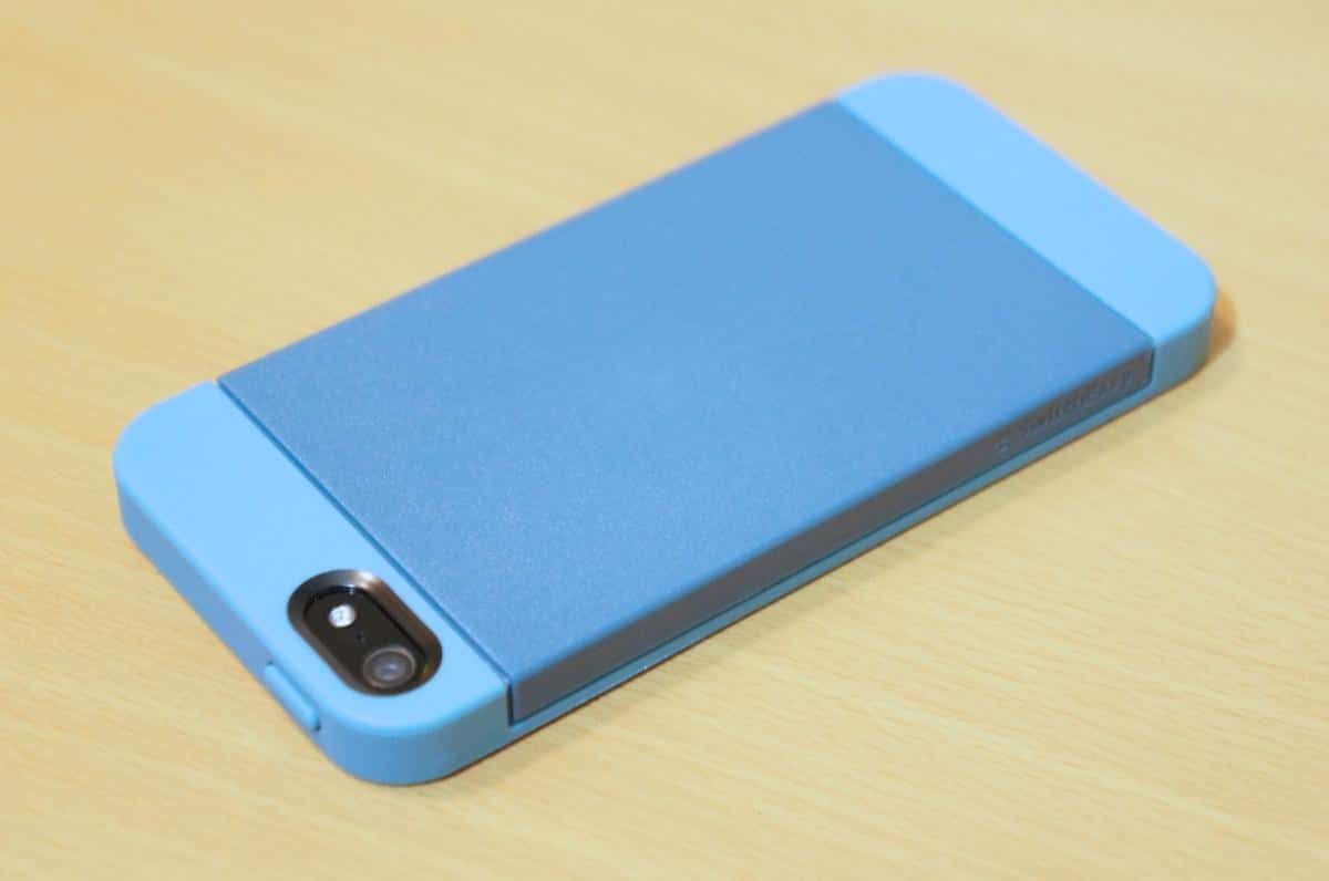 DSC02649 SwitchEasy Tones Case for iPhone 5 Review