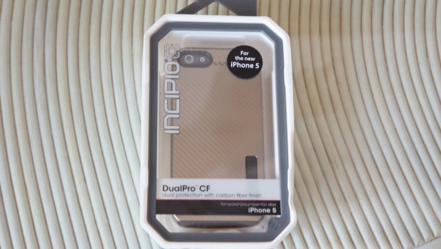 DSC02798 620x350 Incipio DualPro CF for iPhone 5 Review