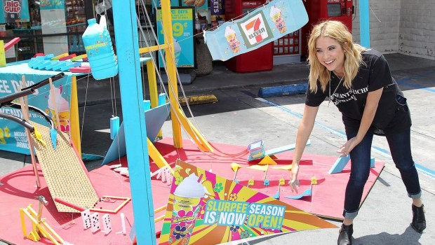 Ashley Benson 620x350 Ashley Benson Kicks Off 7 Elevens Slurpee Summer