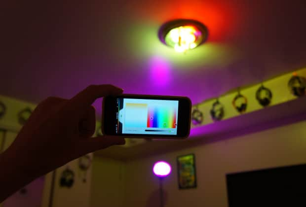 DSC041751 620x420 Philips Hue Connected Smart Bulb Review