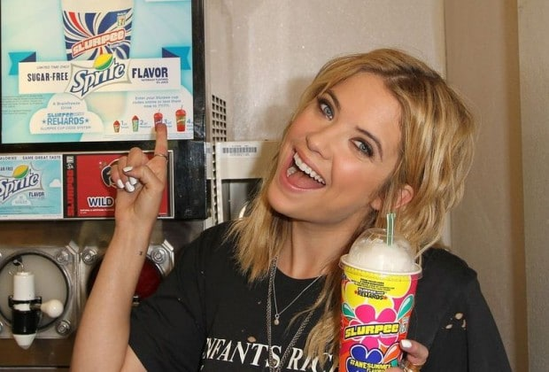benson 620x420 Ashley Benson Kicks Off 7 Elevens Slurpee Summer