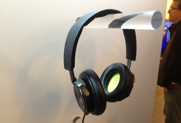 photo6 620x420 Bang & Olufsen Shows Off Beoplay H6 and H3 Headphones