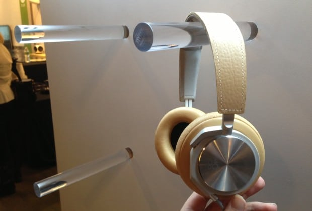 photo8 620x420 Bang & Olufsen Shows Off Beoplay H6 and H3 Headphones