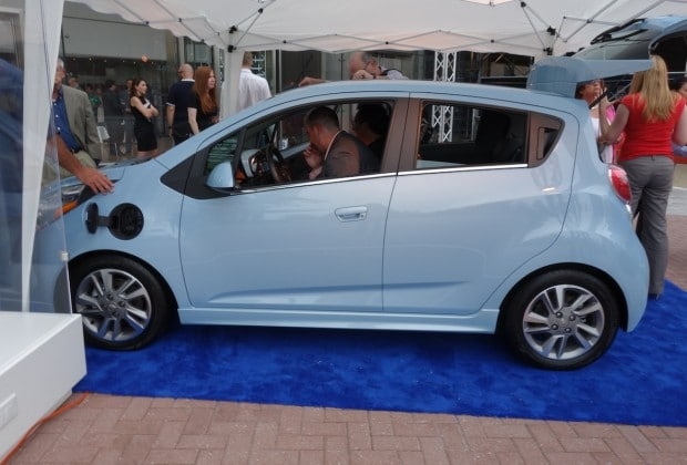 DSC00198 620x420 2014 Chevy Spark EV First to Integrate Siri [Video]