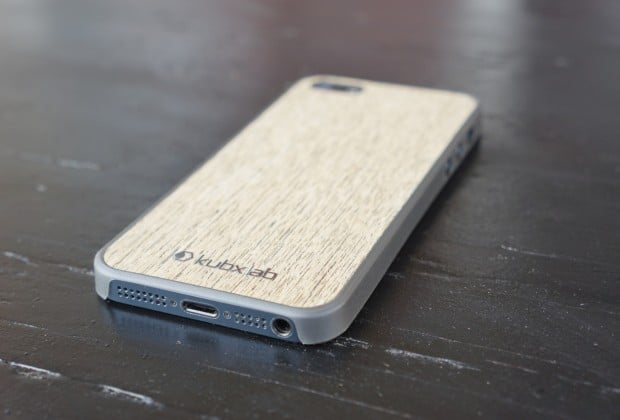 DSC04312 620x420 Kubxlab Ultra Thin Wood Case for iPhone 5 Review
