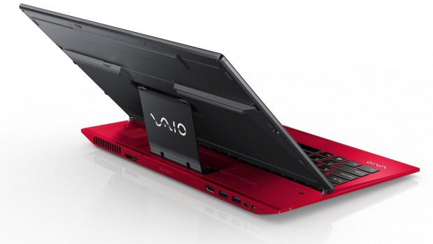 13Summer VAIO Duo 13 back01 R 620x350 Sony VAIO Red Editions are Hot and Luxurious
