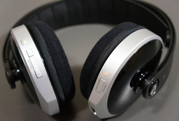 DSC04438 620x420 JBL WR2.4 Wireless Headphones Review