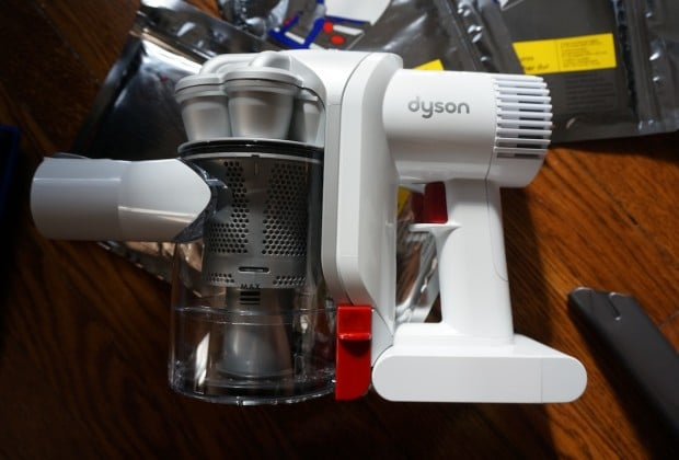 DSC02136 620x420 Dyson Hard DC 56 Review: A Vacuum That Makes Easy Love to Your Floors