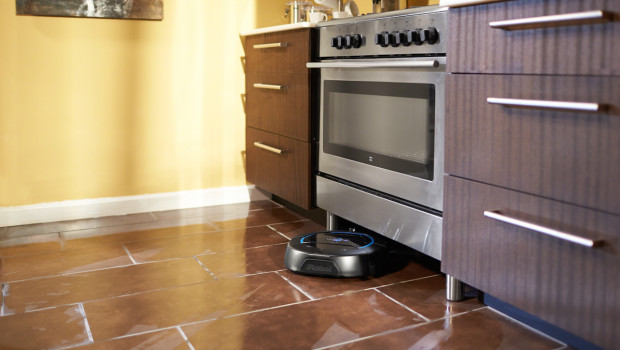 S450 PR kitchen2 620x350 Hands On: iRobot Scooba 450