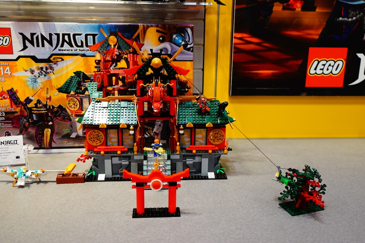 DSC02032 LEGO Booth Tour at Toy Fair 2014   Brick by Brick [Images]