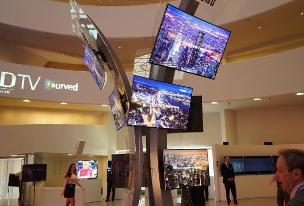 DSC03298 620x420 Samsung Drops Curved UHD TVs This Month, Partners with Fox for UHD Content