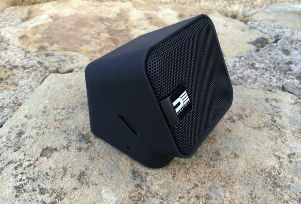 democ 620x420 Democracy DEG100B Bluetooth Speaker Review   Can a Revolving Speaker Rock?