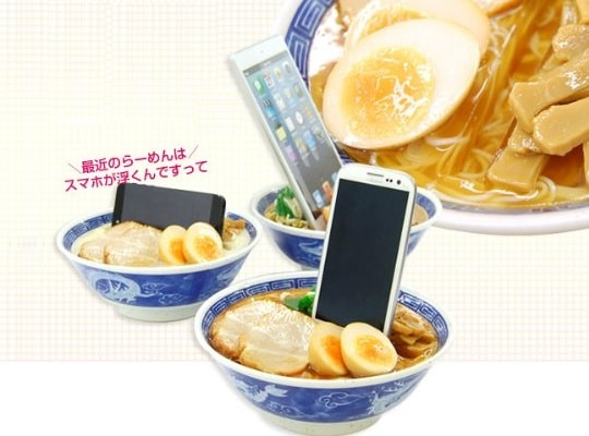 japan food sample fake meal display ramen noodles smartphone stand 2 This is the Safest Way to Put Your iPhone in Ramen Noodle Soup